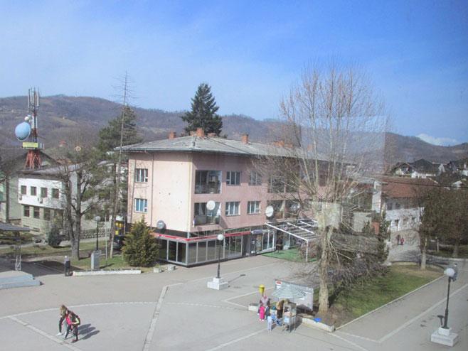 Bratunac: Obilježen Dan bijelih nišana